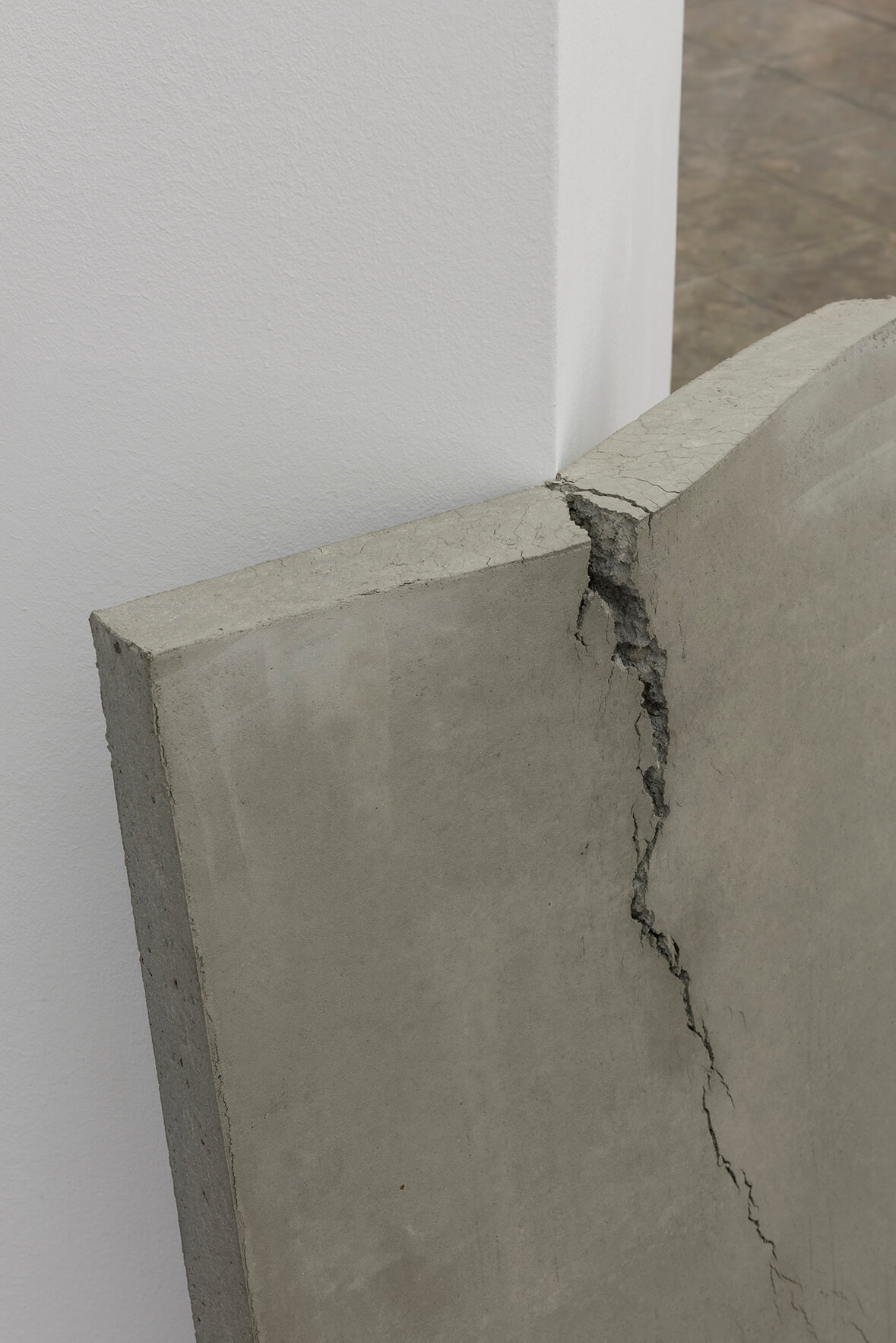 Beton (lehnend), 2017. (Detail) | On Fold | ProjecteSD