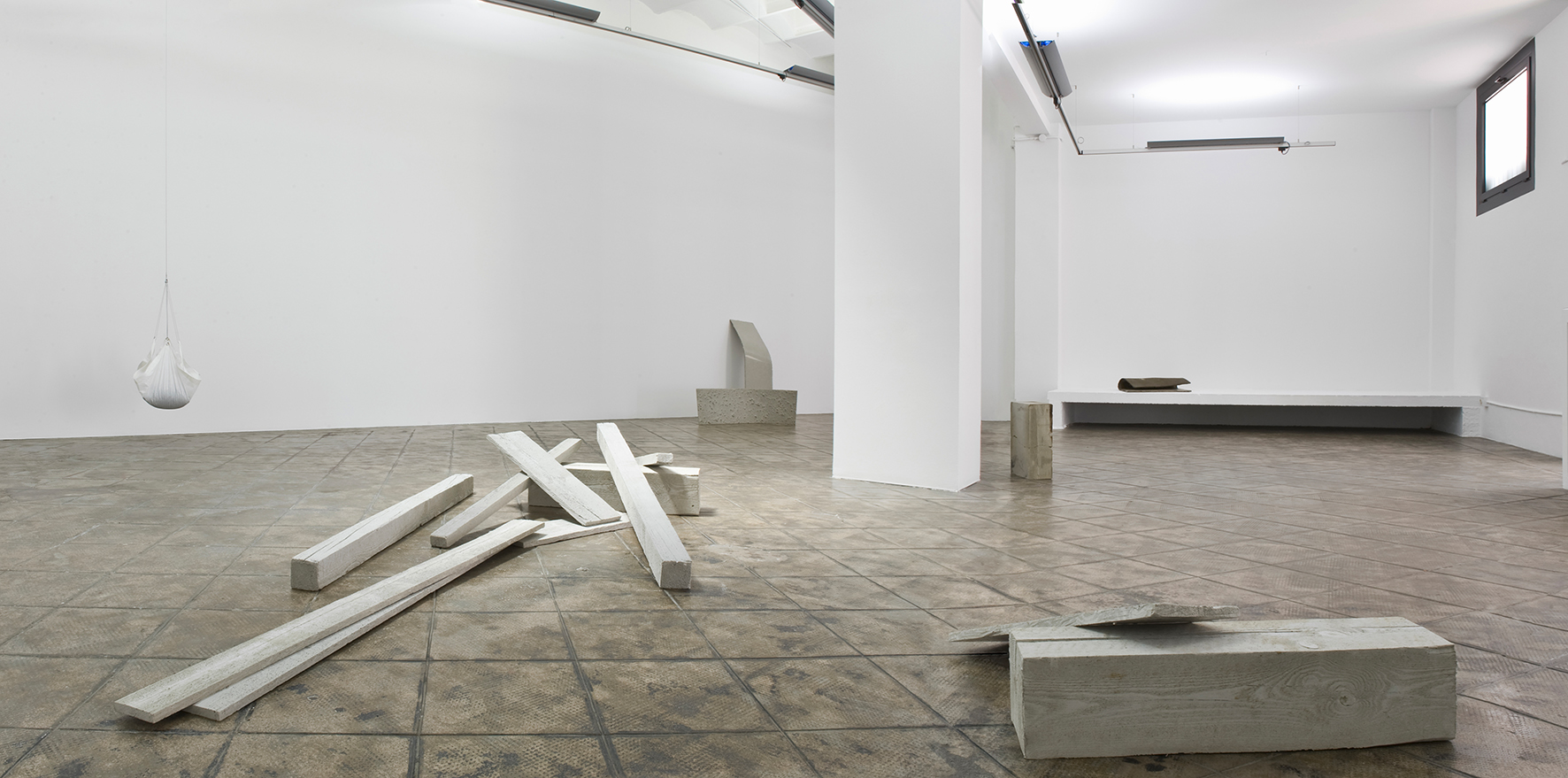 Installation view: 10, 25, 80, ProjecteSD, Barcelona, 2012 |  | ProjecteSD