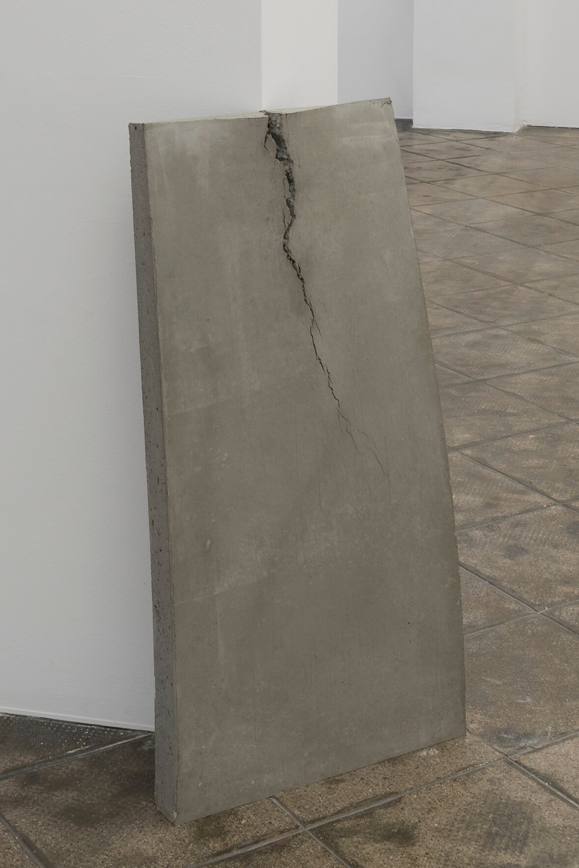 Beton (lehnend), 2017 | On Fold | ProjecteSD