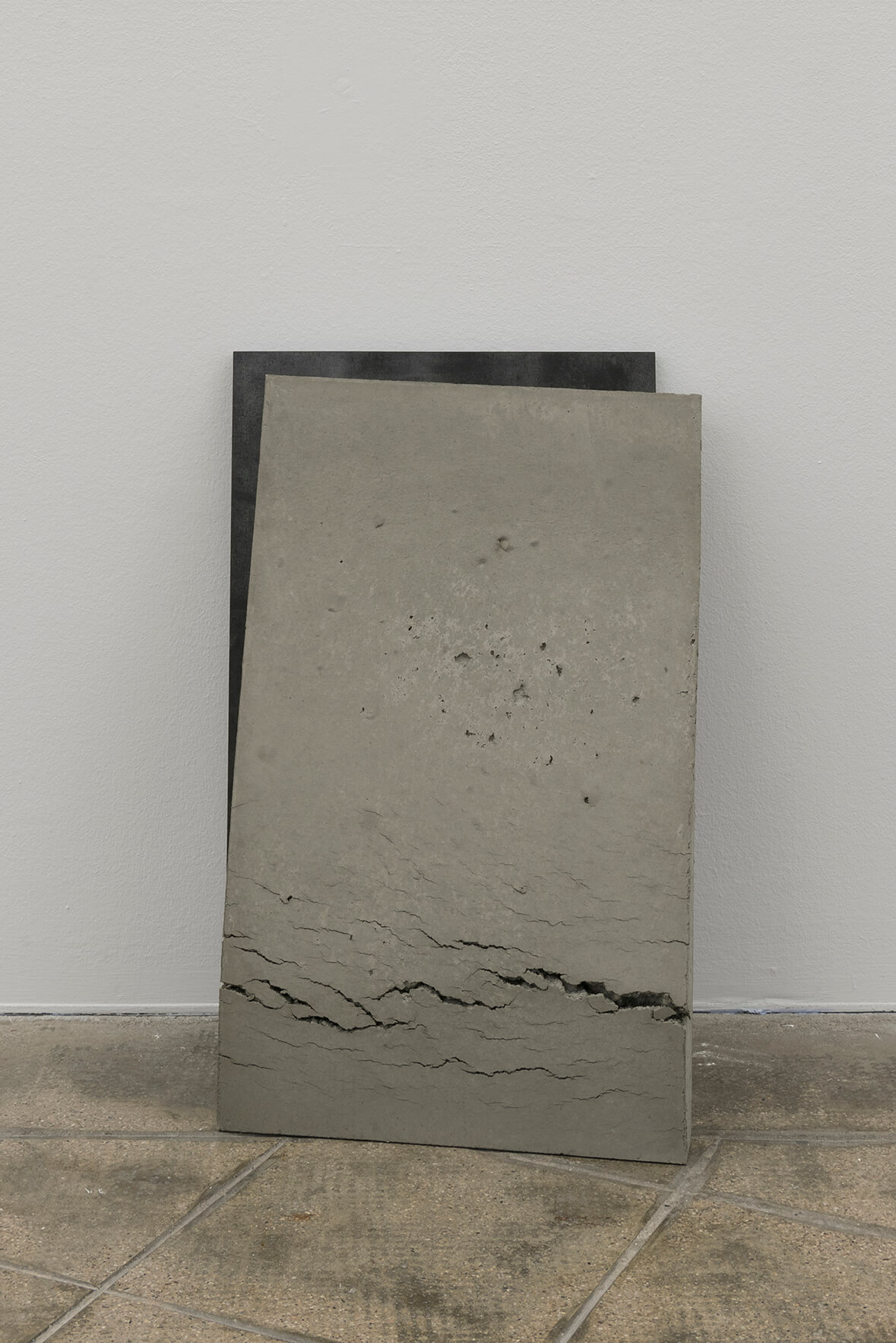 Untitled (Stahl, Beton), 2017 | On Fold | ProjecteSD