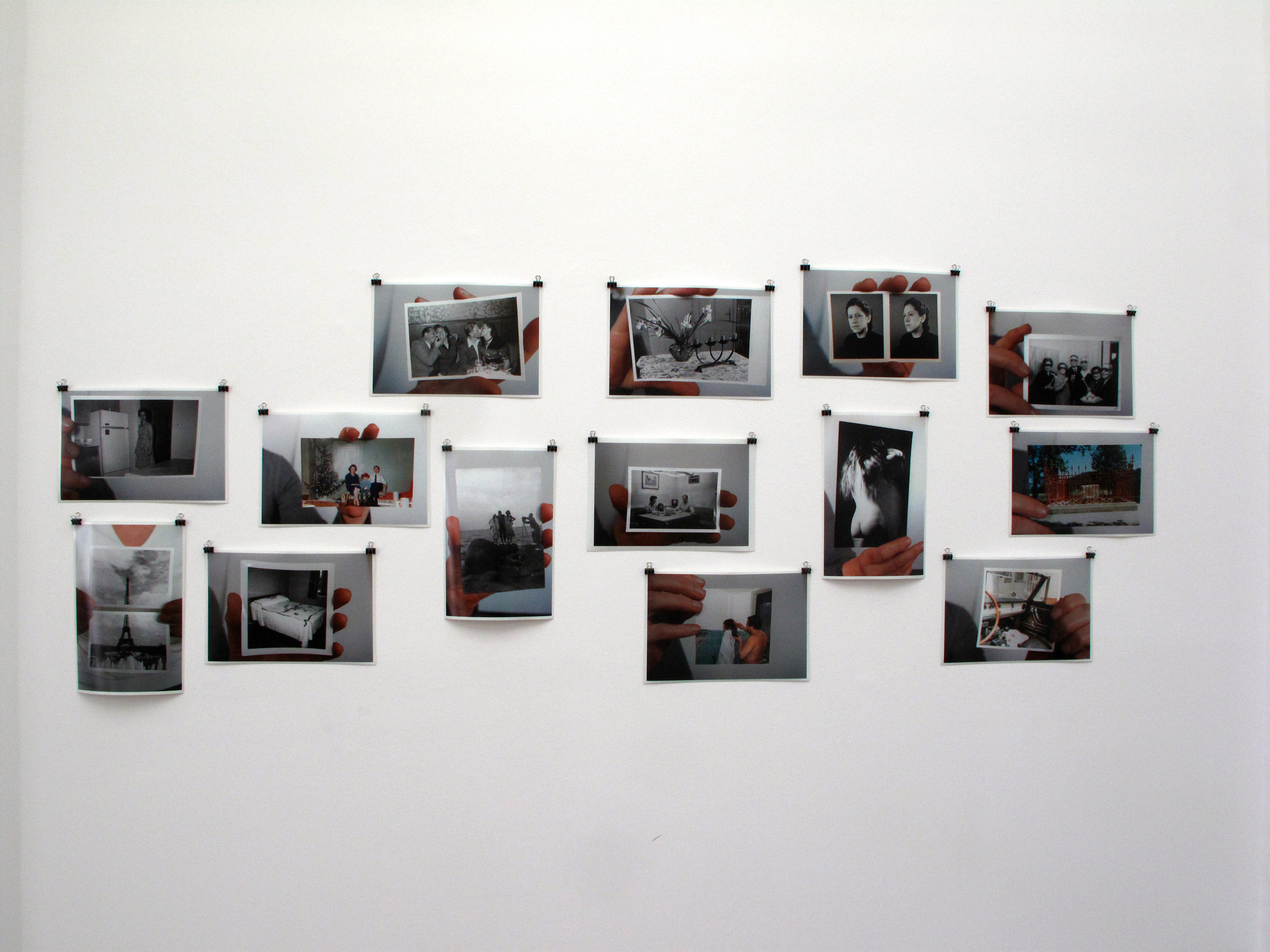 Amateur photos held by hand, 2008 |  | ProjecteSD