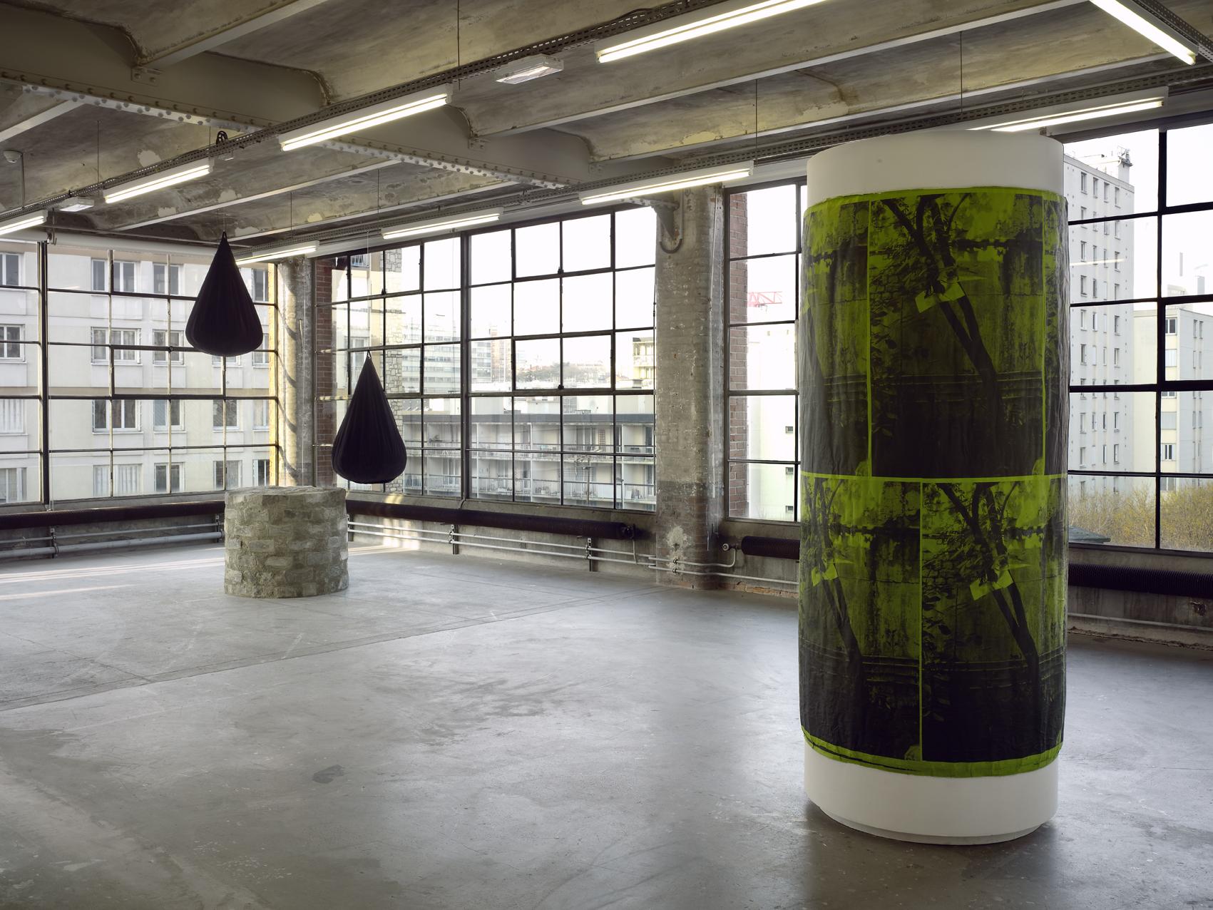 Installation view: Workmanship of Certainty, Centre d'art contemporain d'Ivry – le Crédac, Ivrysur-Seine, France, 2013 |  | ProjecteSD