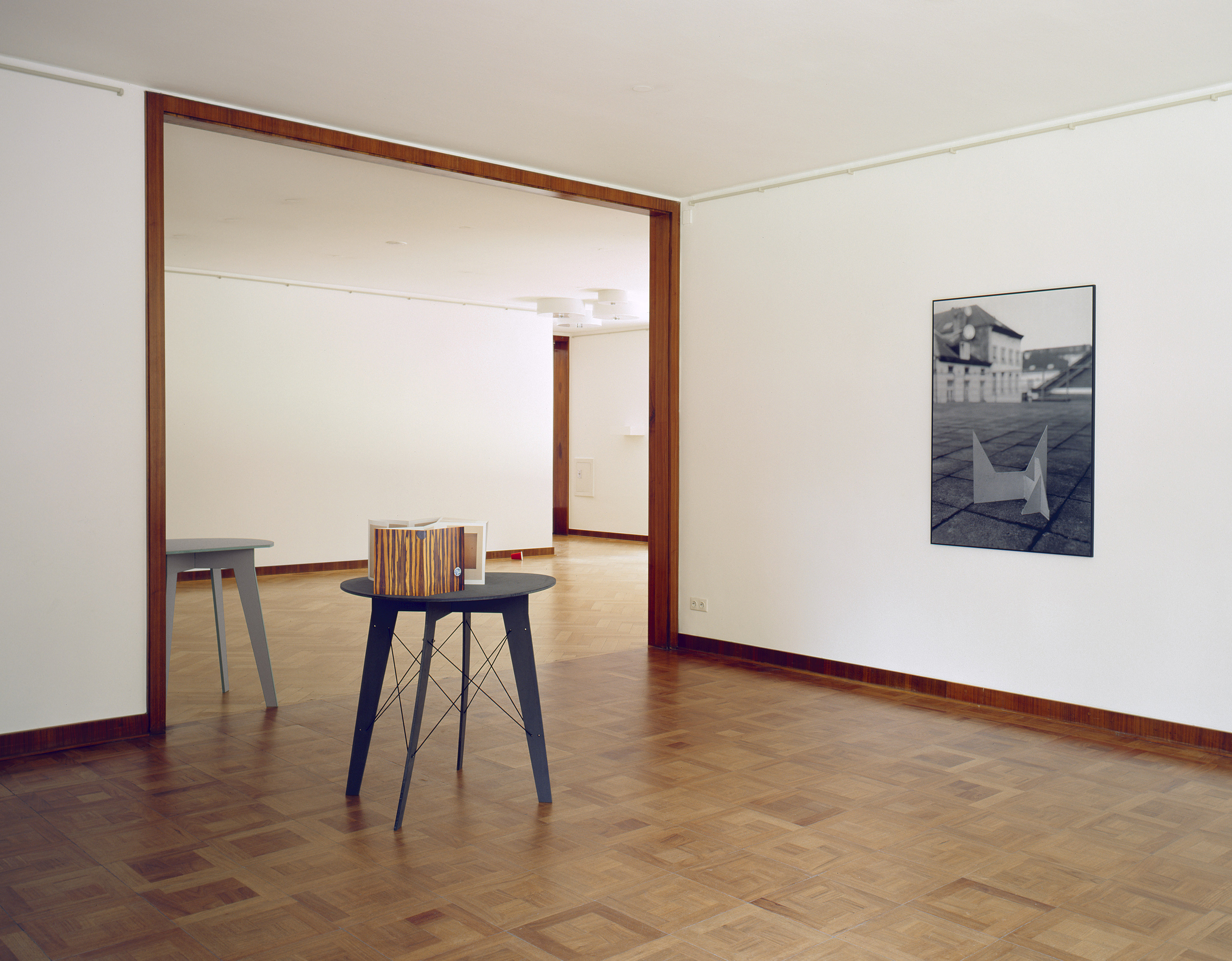 Installation view: Boredom Won't Starve as Long as I Feed it, Museum Haus Esters, Krefeld, 2009 |  | ProjecteSD