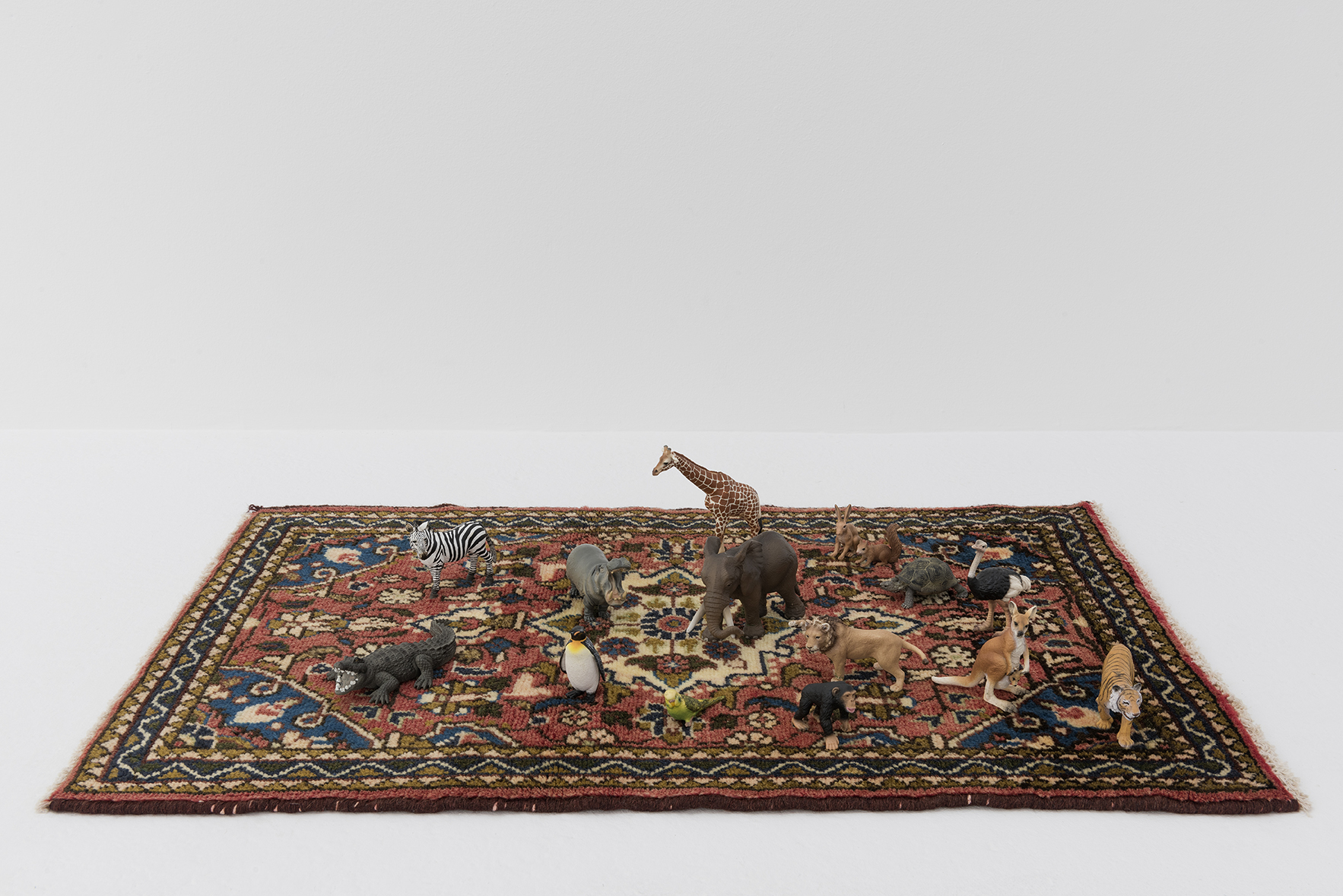 Oriental Carpet with 15 Hand-painted Animals, 2000 |  | ProjecteSD