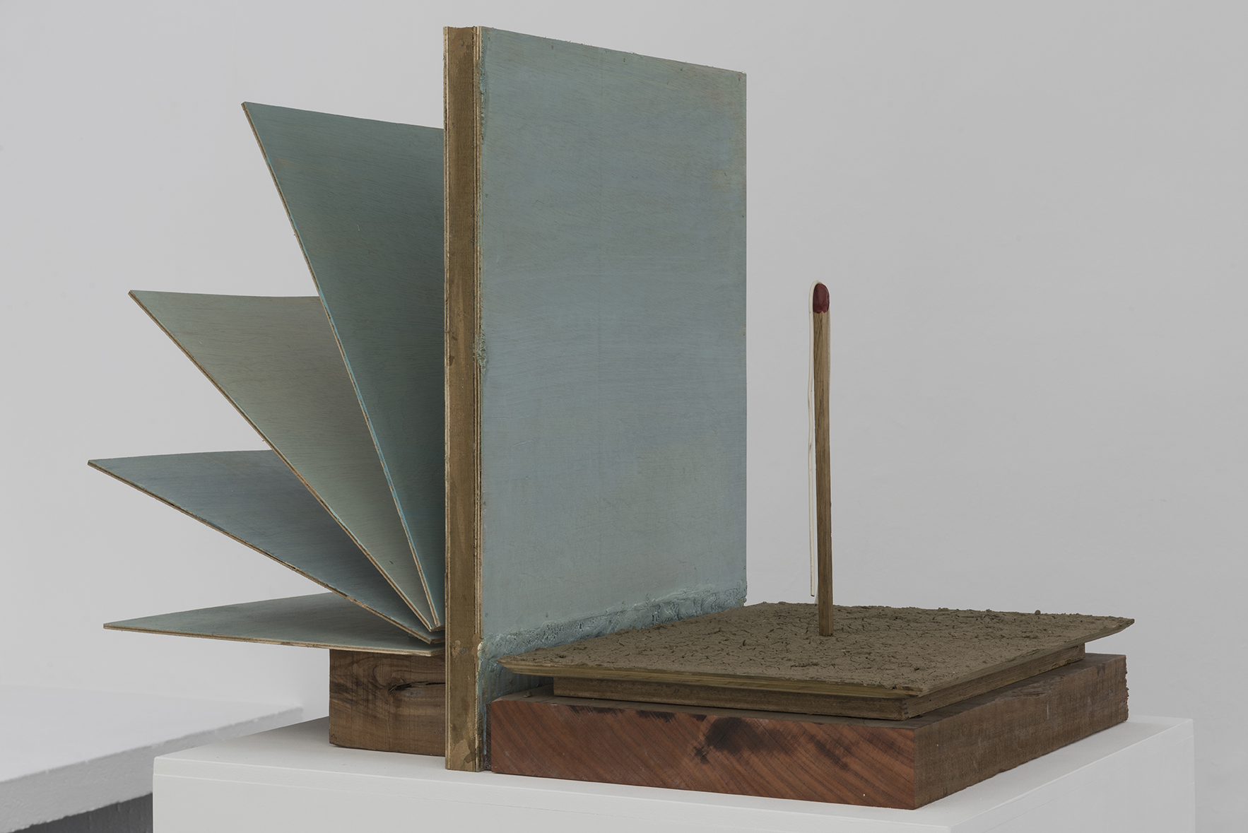 MARK MANDERS.Landscape with Match and Rope, 2014 | A Drawing Placed Between Two Objects (with Mark Manders) | ProjecteSD