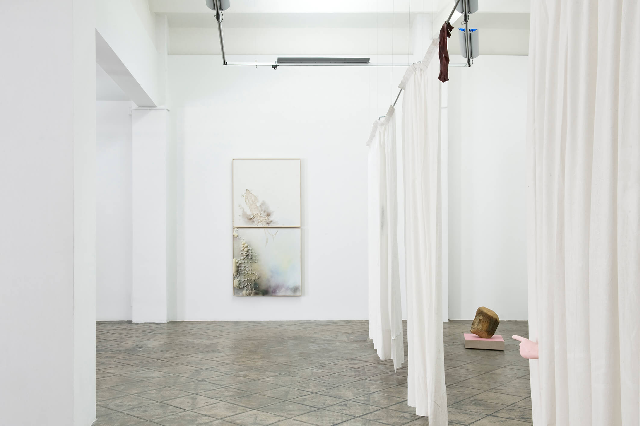 Installation view: The Constant Repetition of False, ProjecteSD, Barcelona, 2014   The Constant Repetition of False   ProjecteSD
