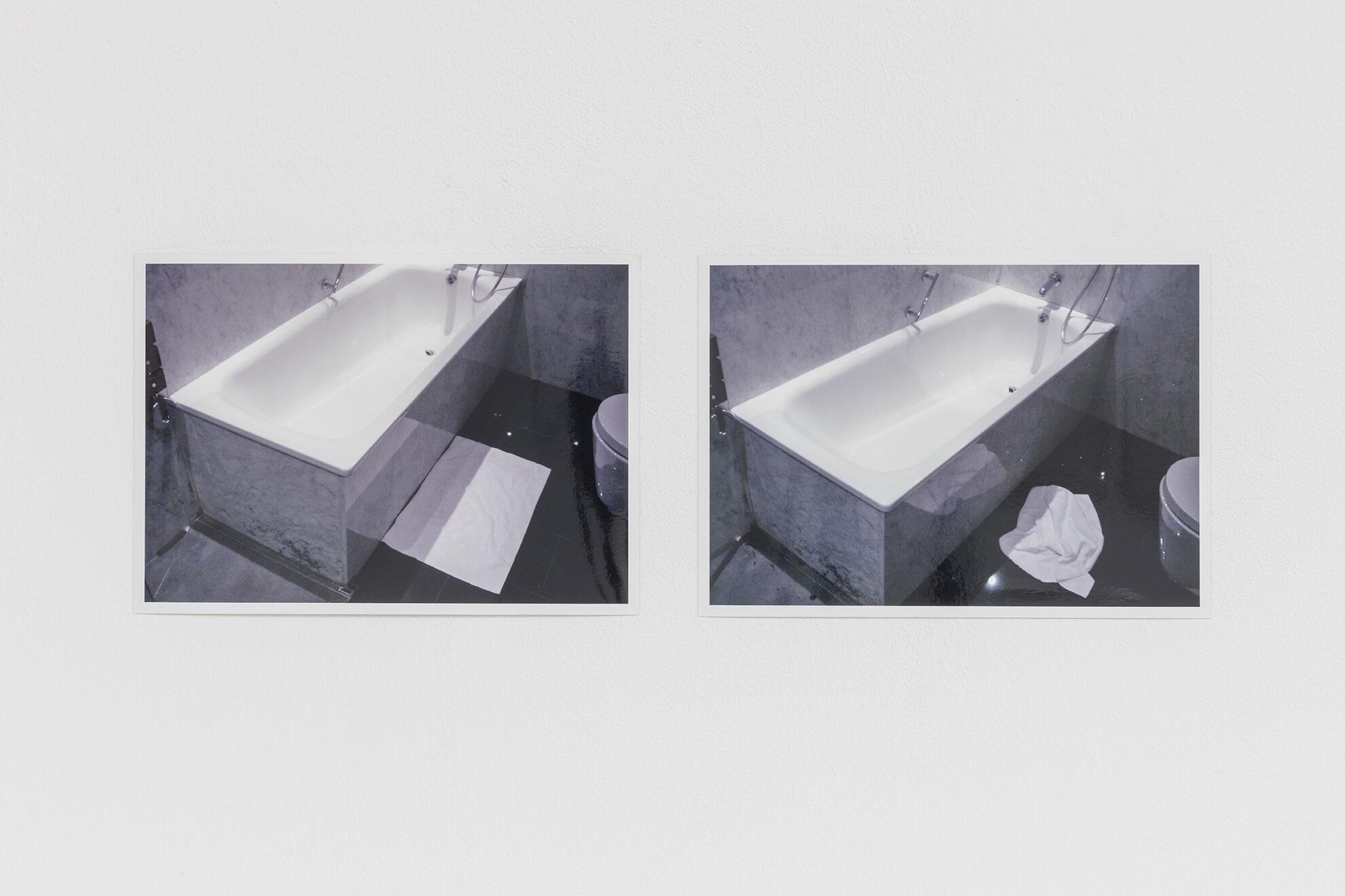 HANS-PETER FELDMANN. Before_After (Badewanne), 1990 | Lara Fluxà: Delu / Accrochage #5: Set Petites Històries | ProjecteSD