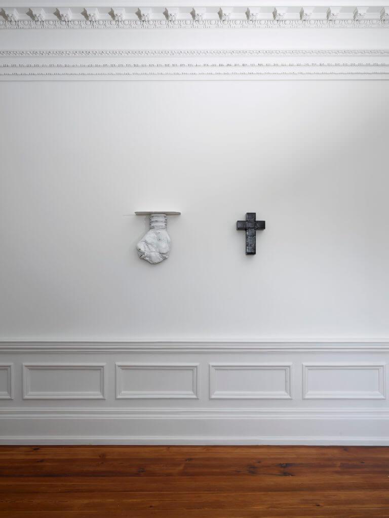 LEFT:Le Père, 2006. RIGHT:La Mère, 2006 |  | ProjecteSD