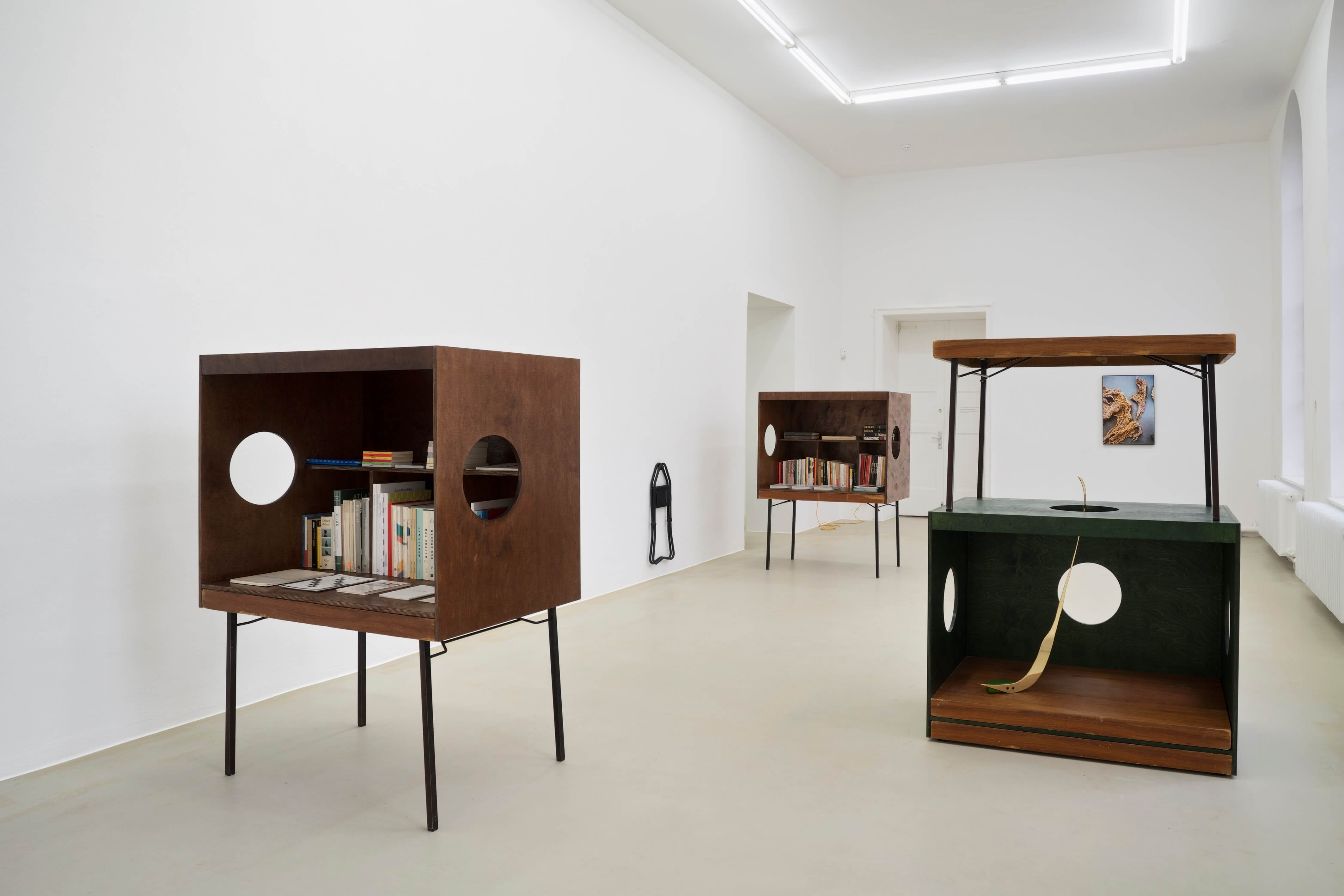 Installation view: Sache: Gallery of Material Culture, Kunstverein Hannover, Germany, 2019 |  | ProjecteSD