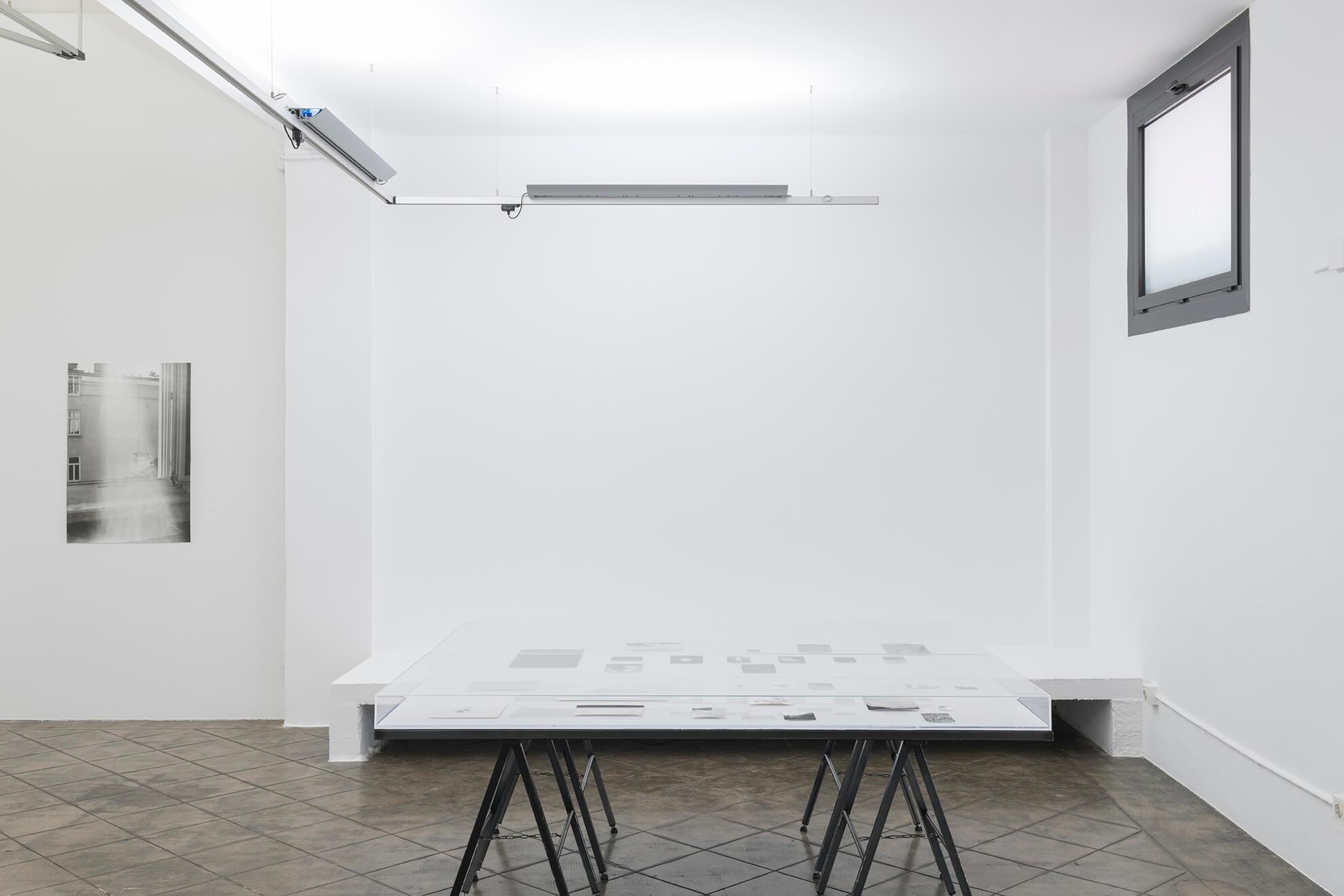 Installation view: Visible Light, ProjecteSD | JOCHEN LEMPERT: VISIBLE LIGHT | ProjecteSD