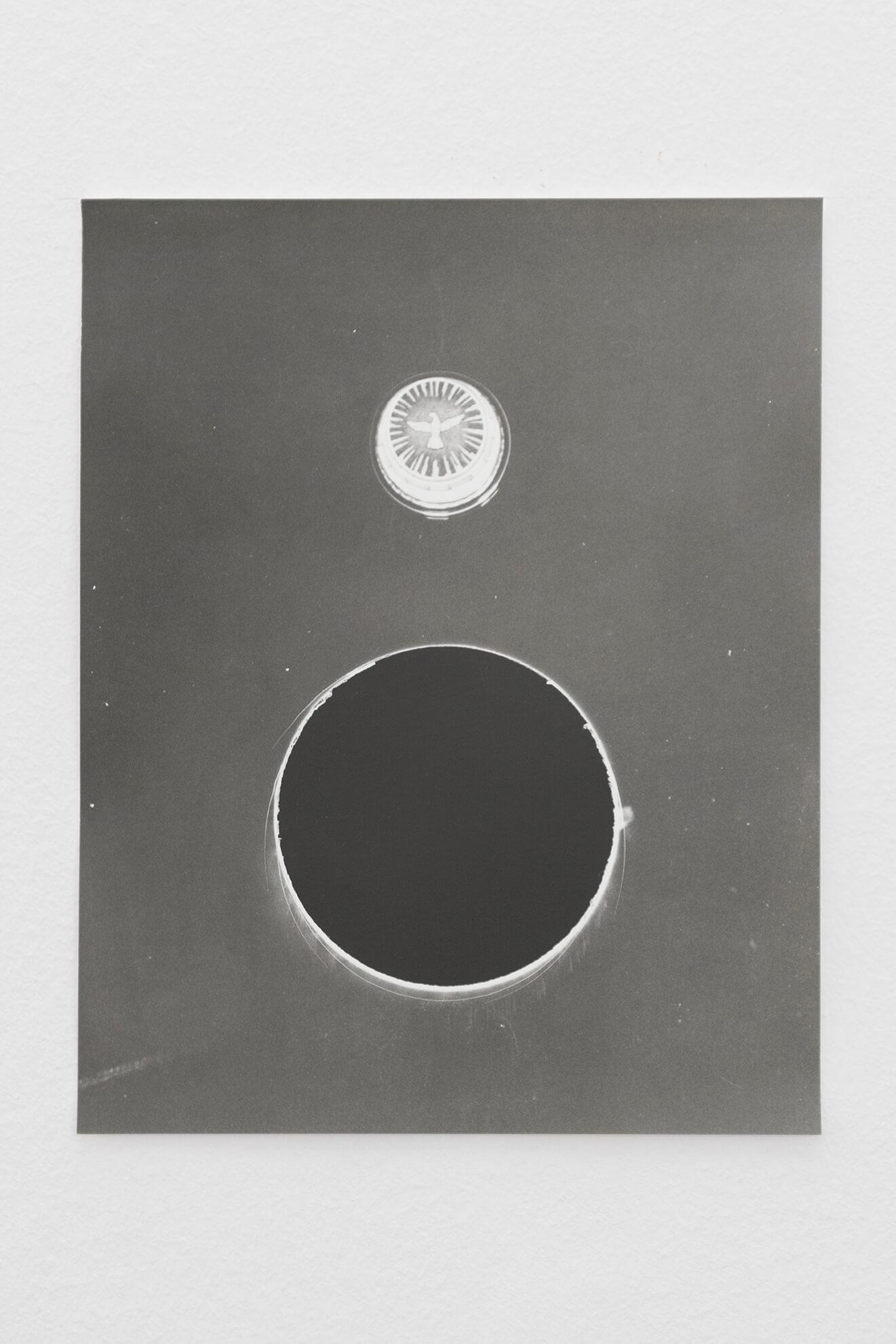 Untitled (Accidental hole), 2021 | JOCHEN LEMPERT: VISIBLE LIGHT | ProjecteSD
