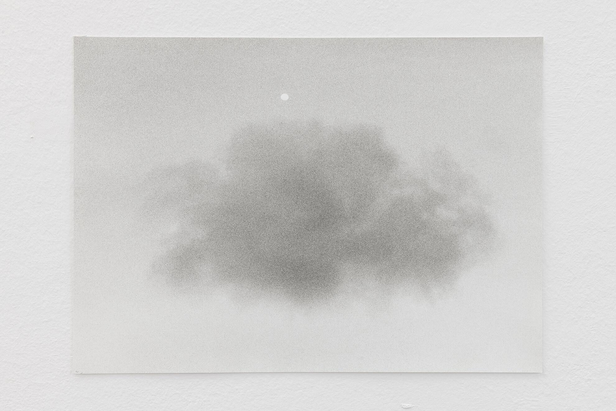 Untitled (Moon / Cloud), 2020 | JOCHEN LEMPERT: VISIBLE LIGHT | ProjecteSD
